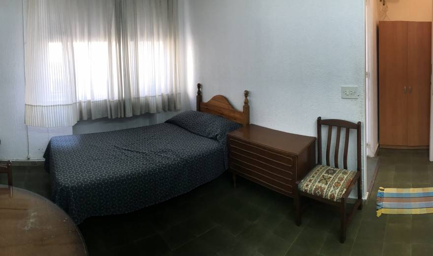 Comfortable single Room in the city center